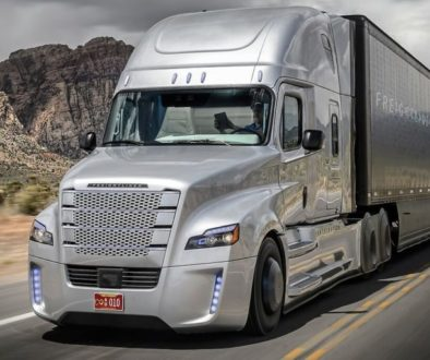 Self-Driving Semi Trucks: Will Truckers Be Out of Their Jobs?